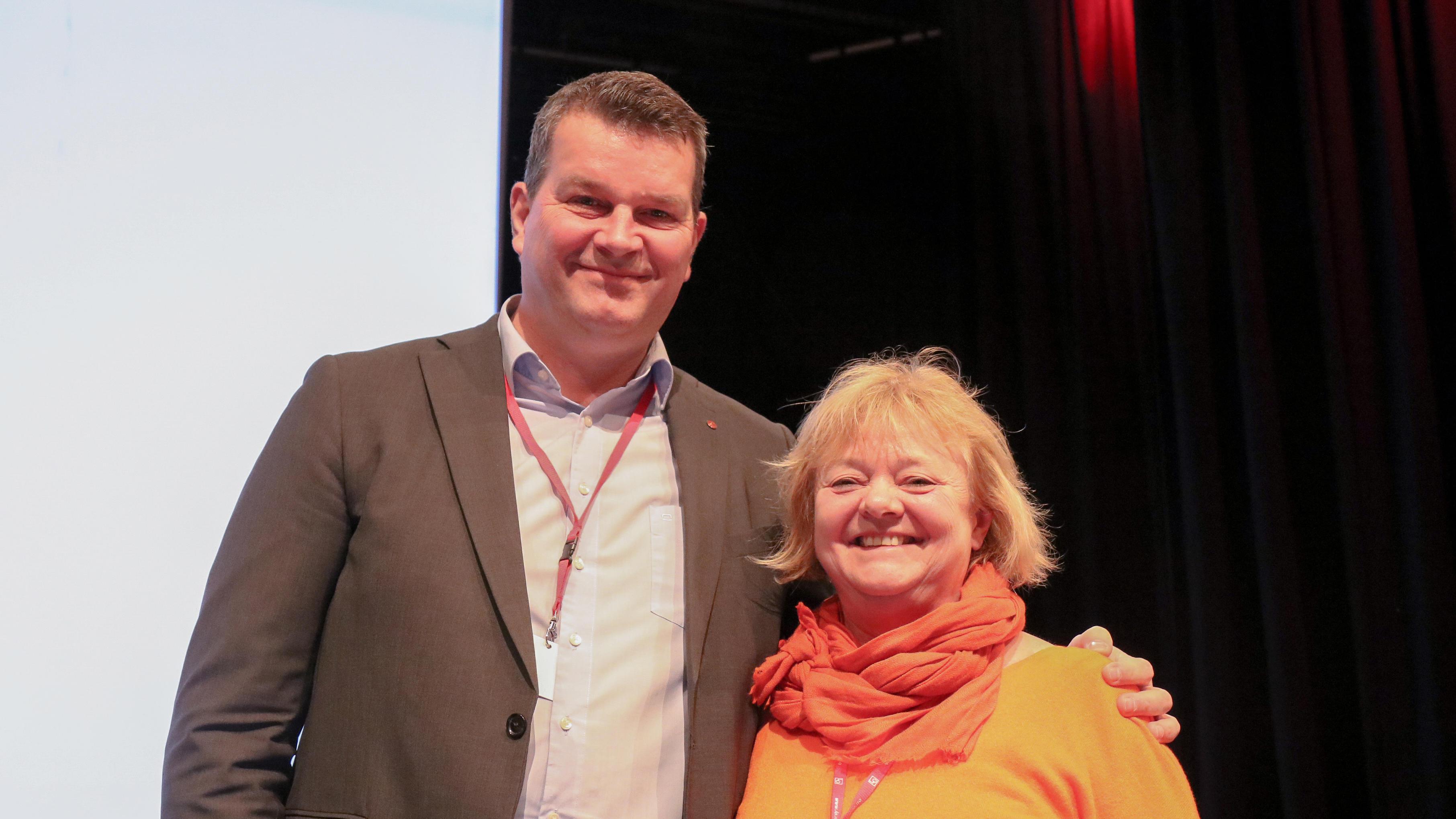 Mimmi Kvisvik med LO-lederen