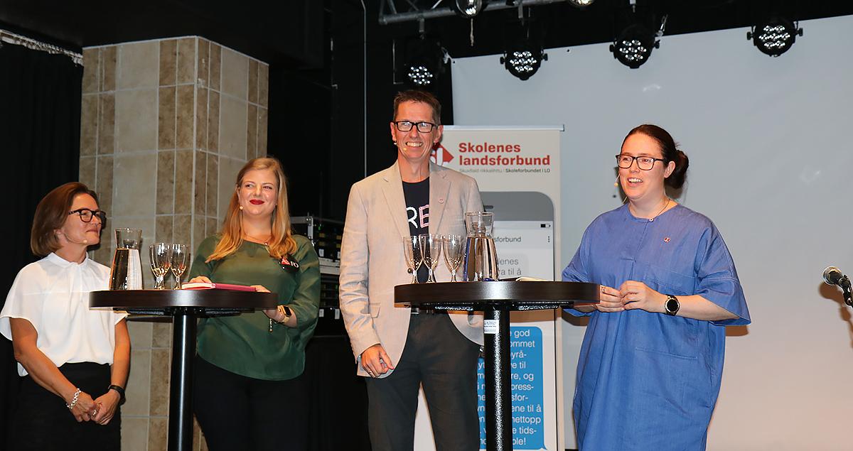 Paneldebatt under Arendalsuka med FO-studentenes leder og andre forbund