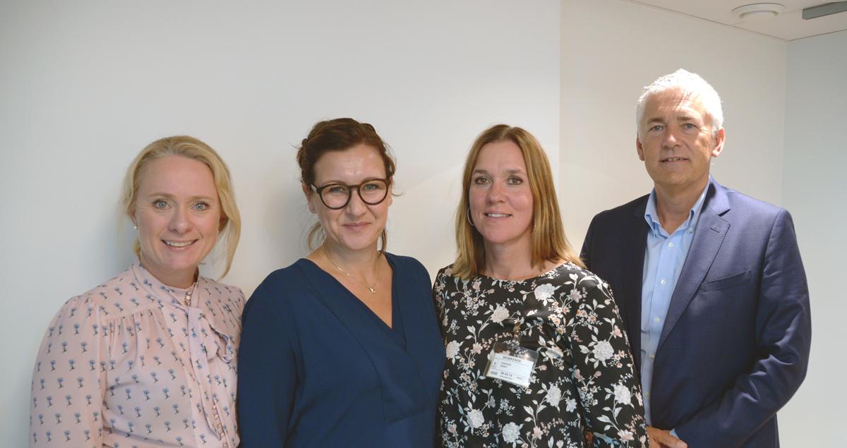 Arbeids- og sosialminister Anniken Hauglie sammen med Marianne Solberg, Marit S.Isaksen og tjenestedirektør i NAV, Kjell Hugvik