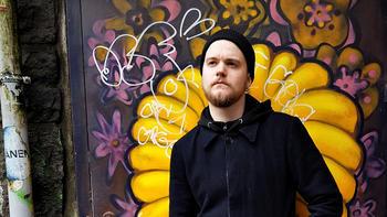 EGNE ERFARINGER: Geirr bruker sine egne erfaringer aktivt både i studiet og på jobb