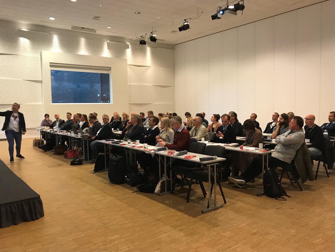 FOKUS PÅ SAMARBEID: 50-60 tillitsvalgte samlet for å bedre samarbeid og få lik skolering