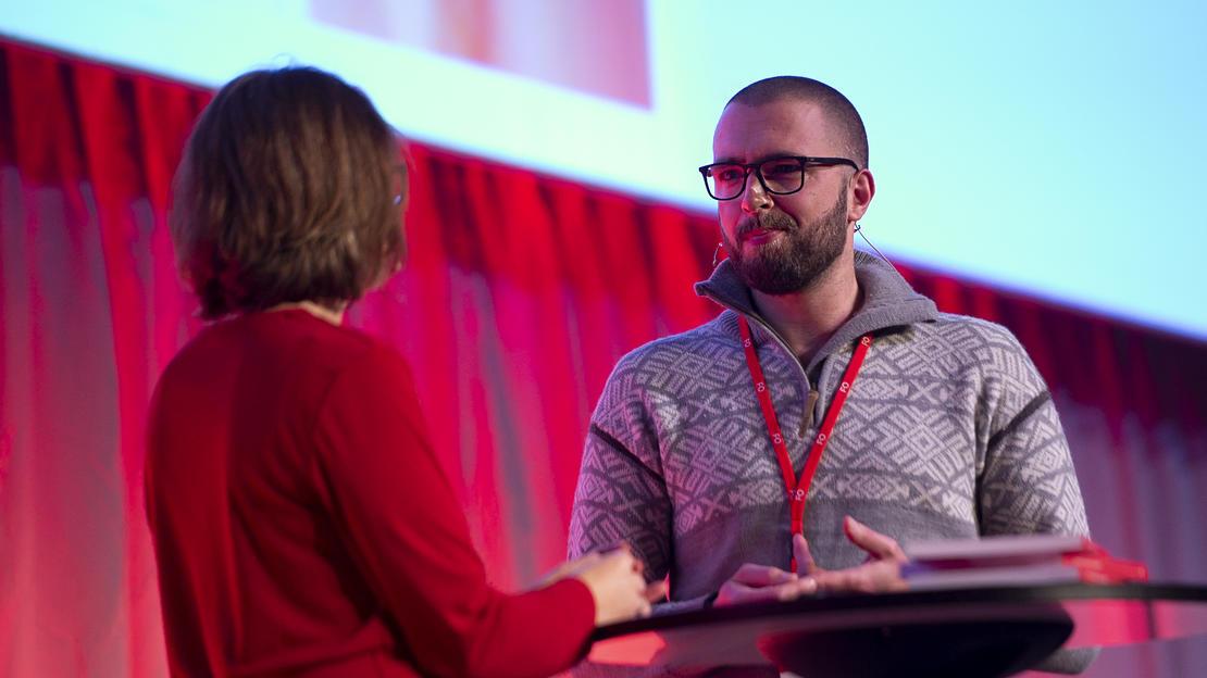 Samtale med velferdsviter Stian Torvaldsen under FOs profesjonskonferanse