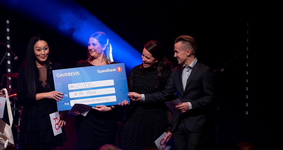 VANT PRIS: #HeiErna-aksjonen mottar sosialarbeiderprisen 2019.