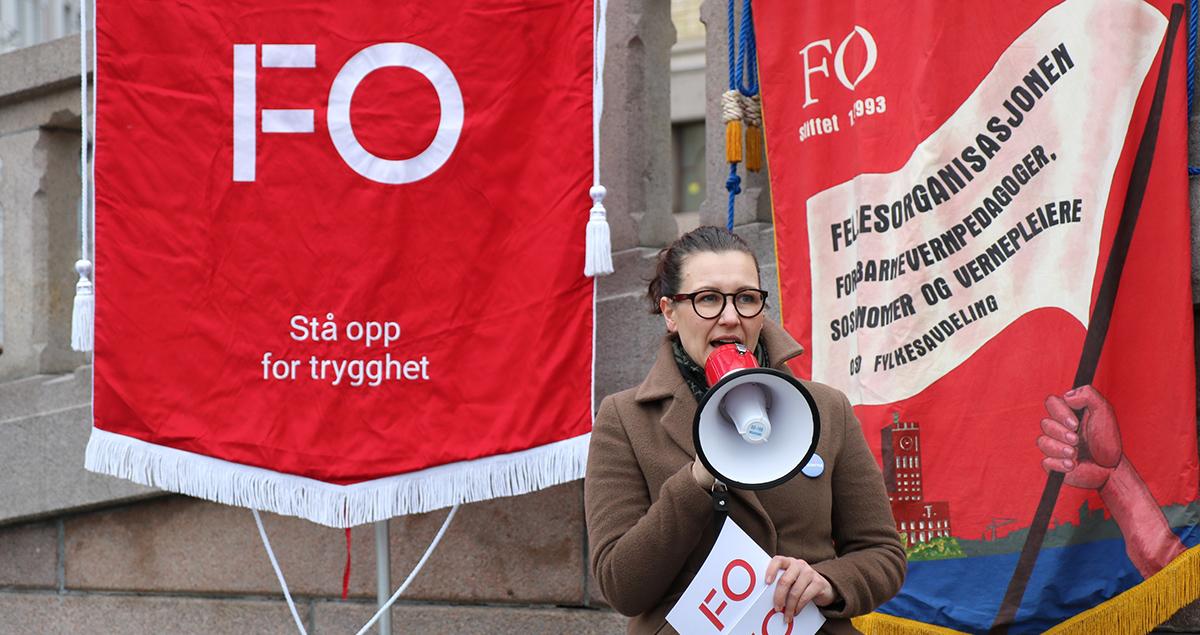 FO støttet #heierna markeringen foran Stortinget. FO-nestleder, Marianne Solberg holdt appell.