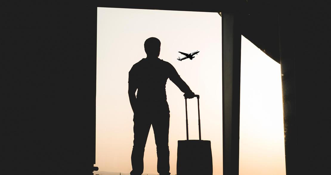 Forbud mot utenlandsreiser for helsepersonell som jobber med pasientbehandling