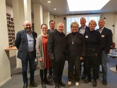 Jarle Kristoffersen (Fagforbundet), Kjersti Barsok (NTL), Asle Aase (NFF), Are Thomasgaard (LO), Tone Sønsterud (LO), Carl Martin Michelsen (NTL) og Inger Karseth (FO)