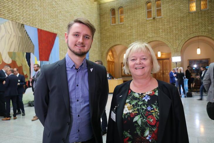 Stortingsrepresentant Freddy Øvstegård og Mimmi Kvisvik