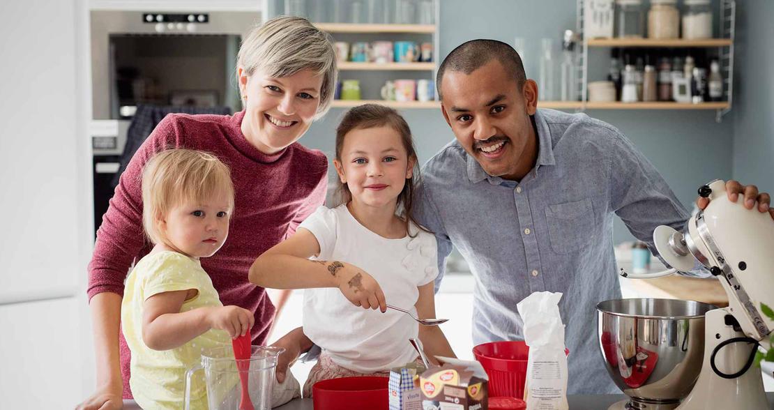 Trygg Familie med gode forsikringer gjennom FO