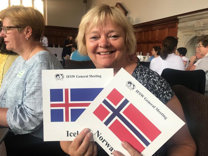 Mimmi på Island