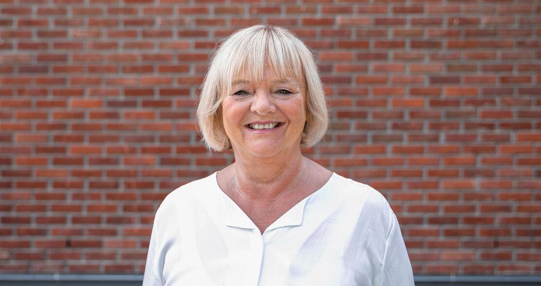 ARENDALSUKA: FO-leder Mimmi Kvisvik signerte erklæringen om heltid for første gang.