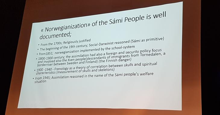Professor Jan Erik Henriksen, UiT, snakket om profesjonelt sosialt arbeid i sameområder